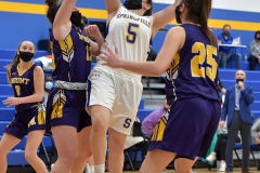 Springfield's (5) Alexa Abbonizio shoots in thesecond quarter against Mount St. Joseph.